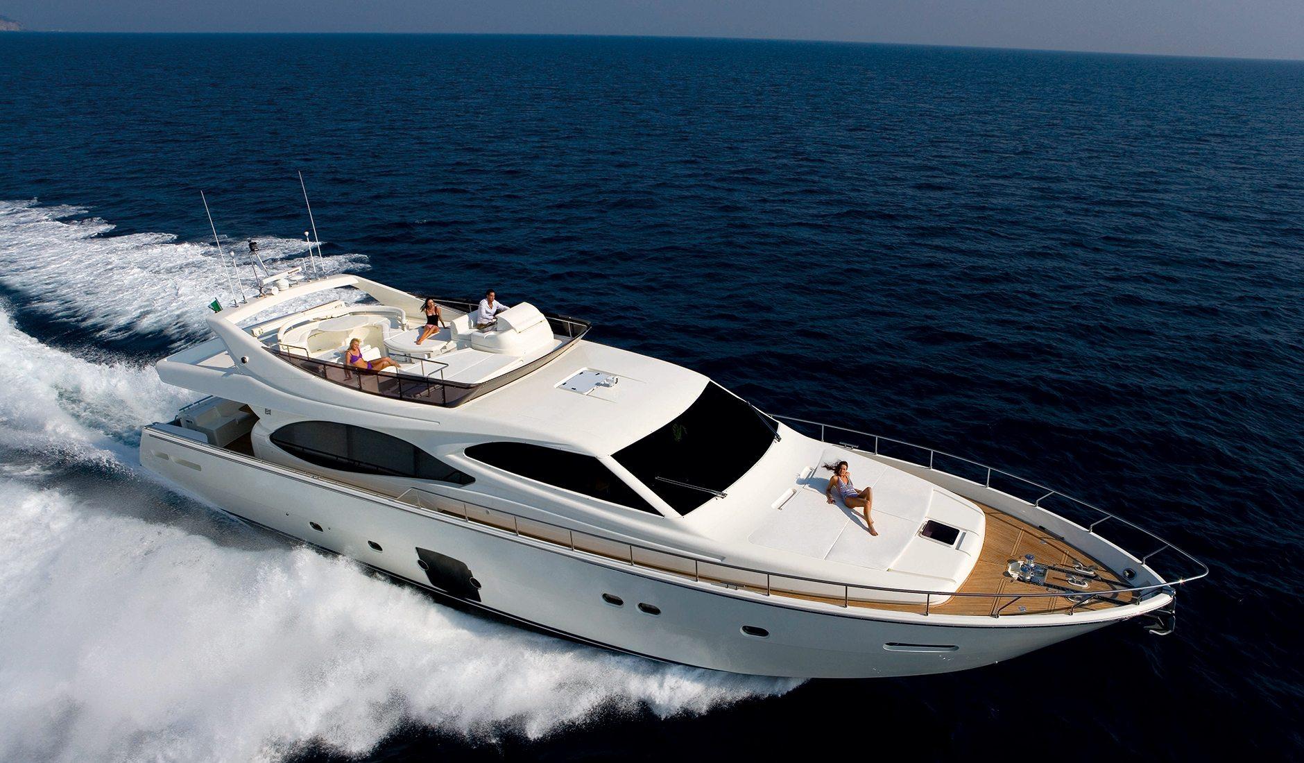 Аренда яхты FERRETTI YACHTS 780 refit 2015 год