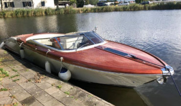 RIVA AQUARIVA SUPER 2009 год
