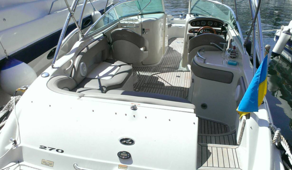 SEA RAY 270 SUNDECK/2006