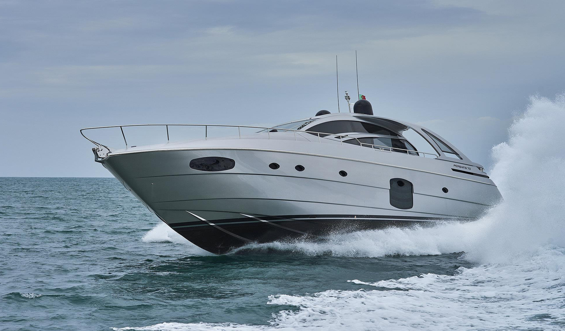 Buy yacht PERSHING 70/2017