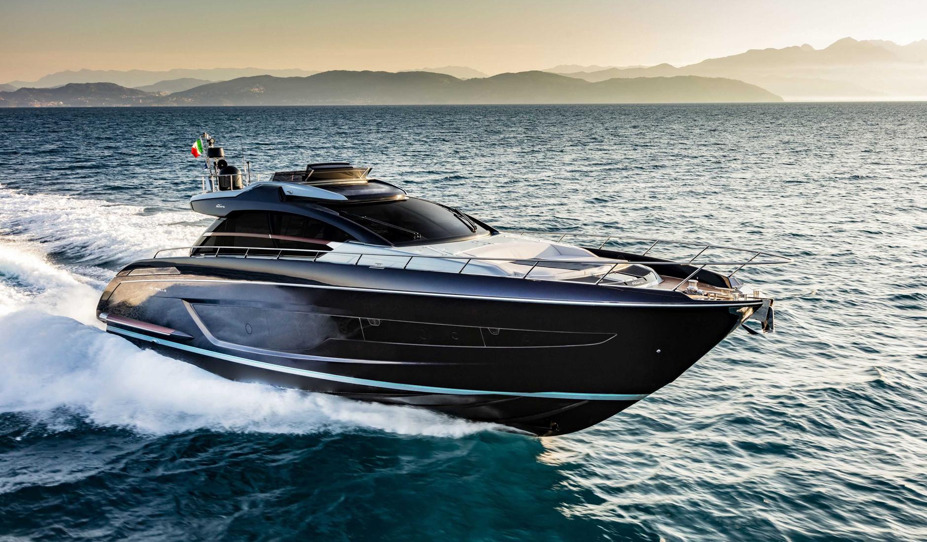 Купить яхту RIVA 66' RIBELLE