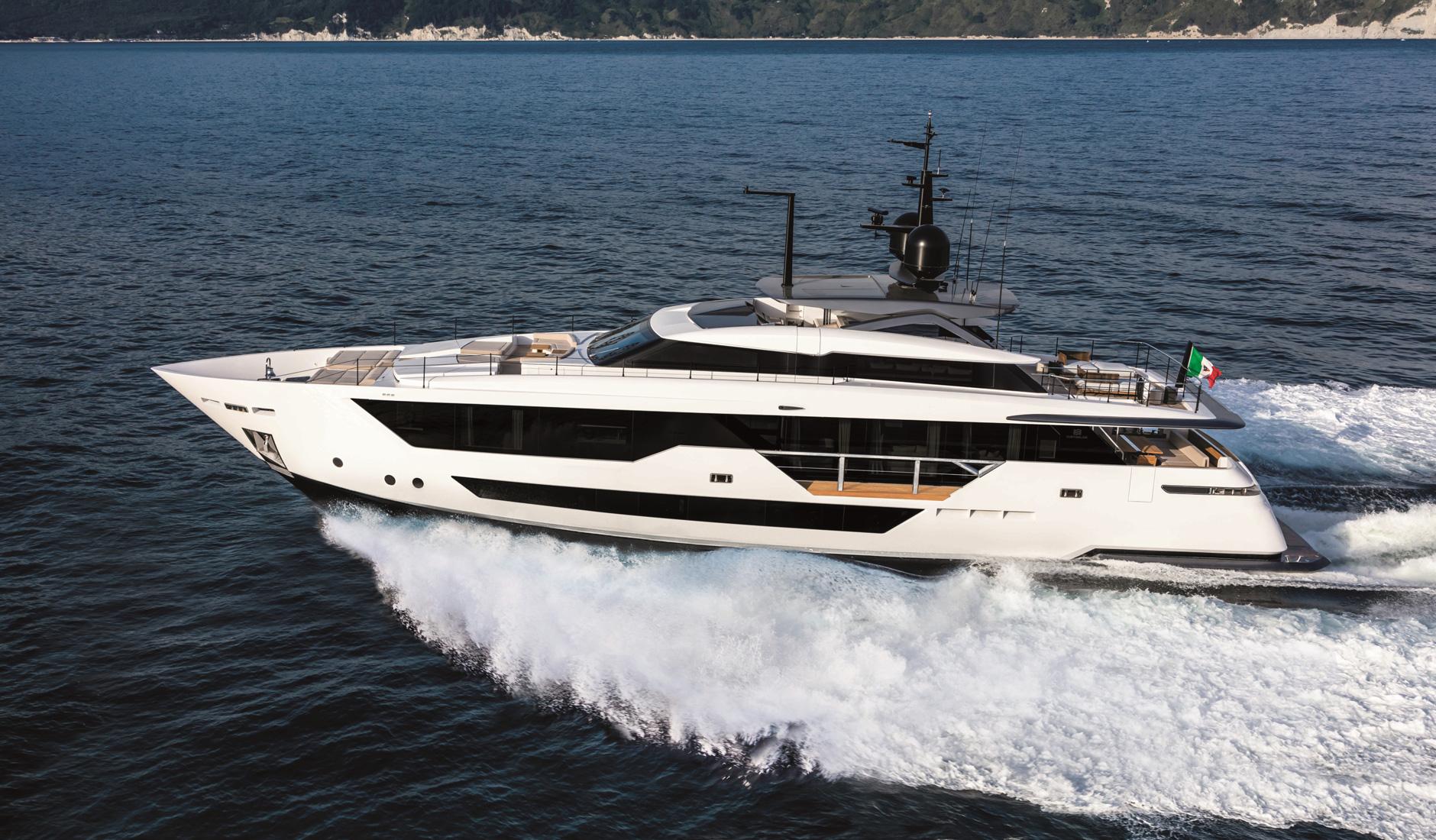 Купить яхту CUSTOM LINE 106