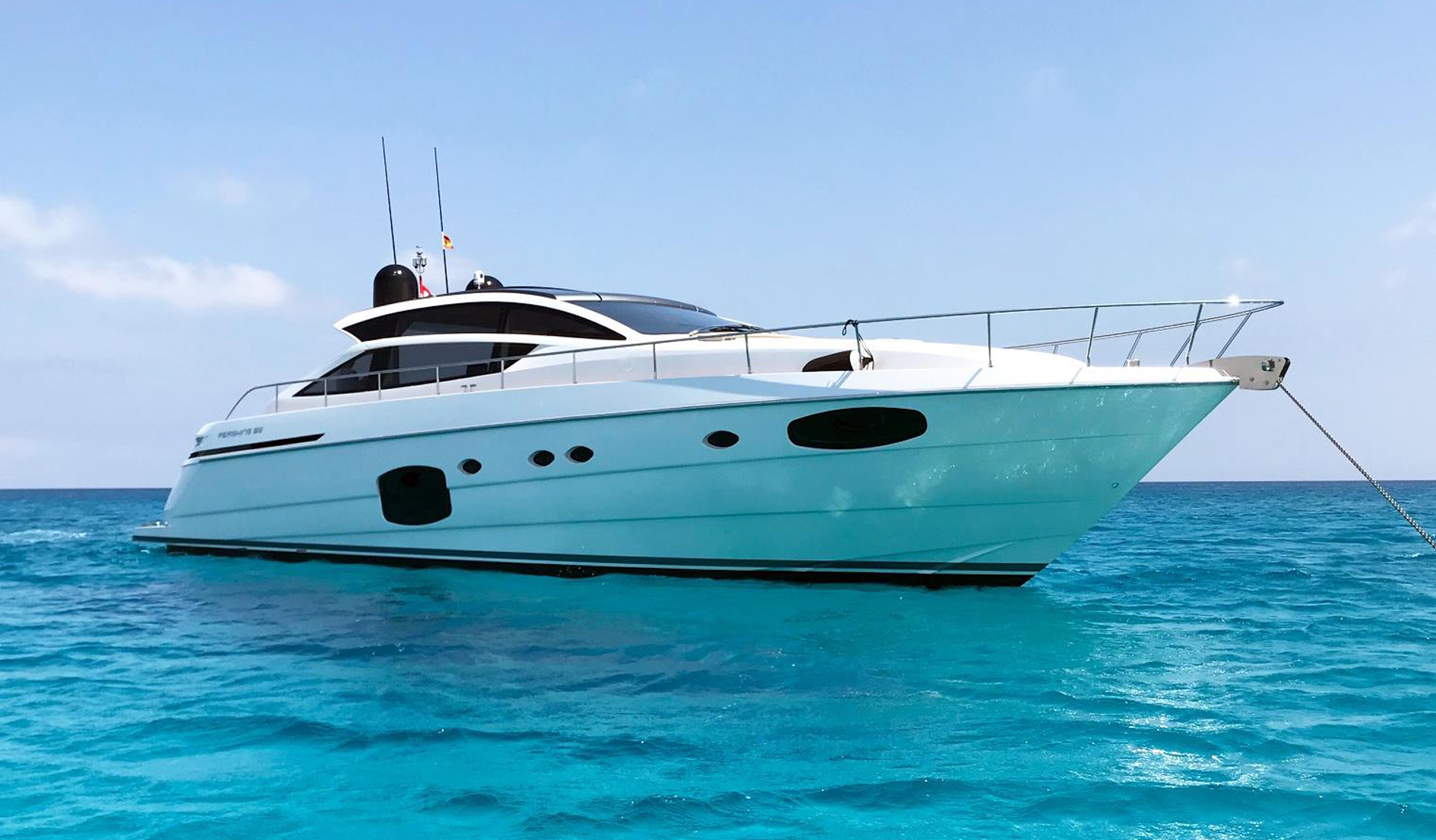 Buy yacht PERSHING 62'/2015