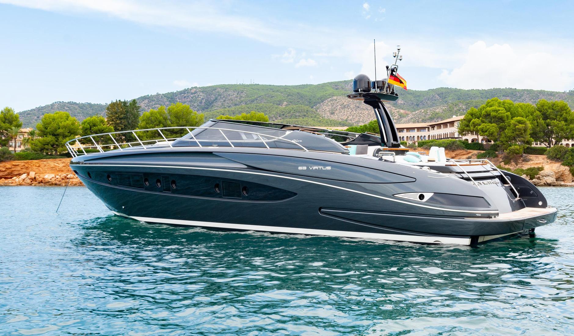 Купить яхту RIVA 63 VIRTUS 2016 год