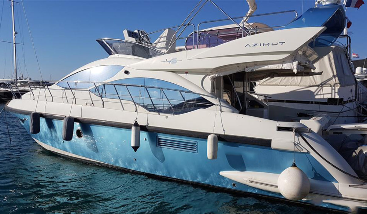 AZIMUT 45 FLY 2011 год