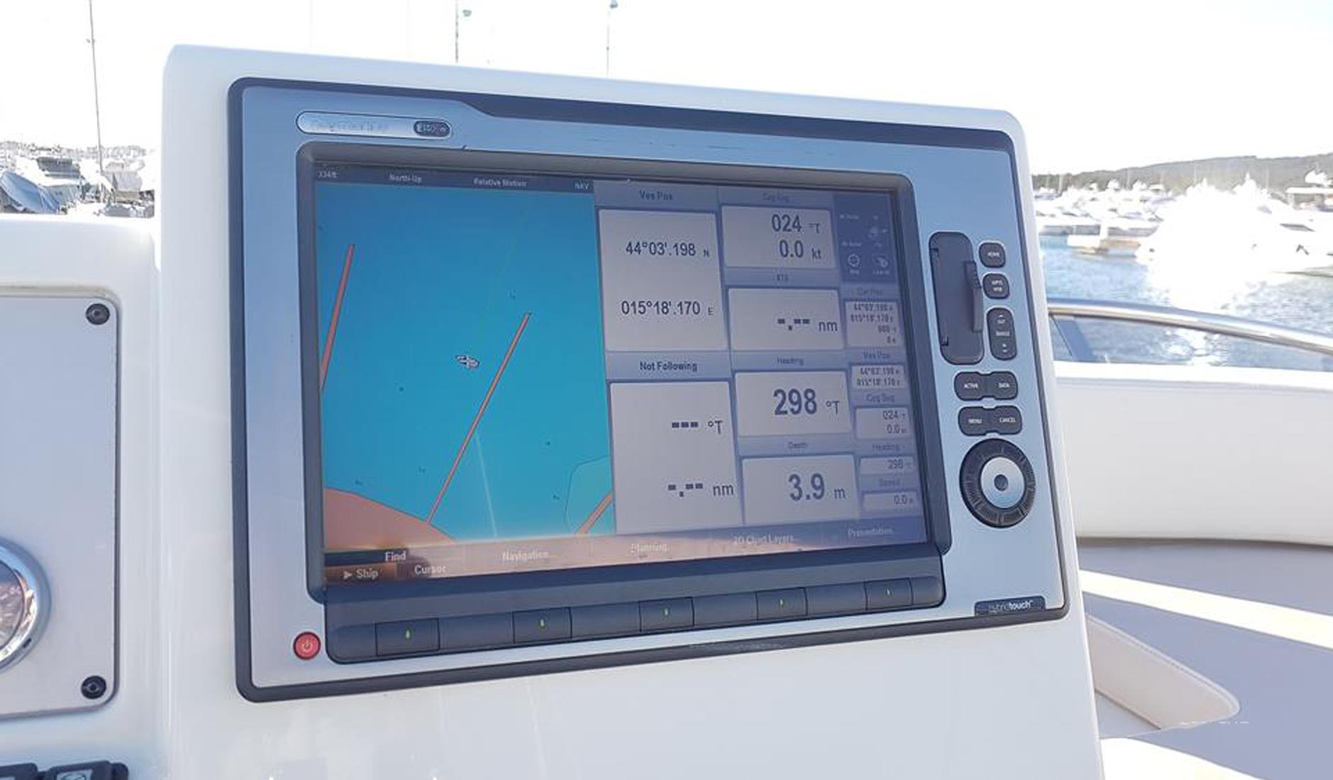 AZIMUT 45 FLY 2011 год Фото  7