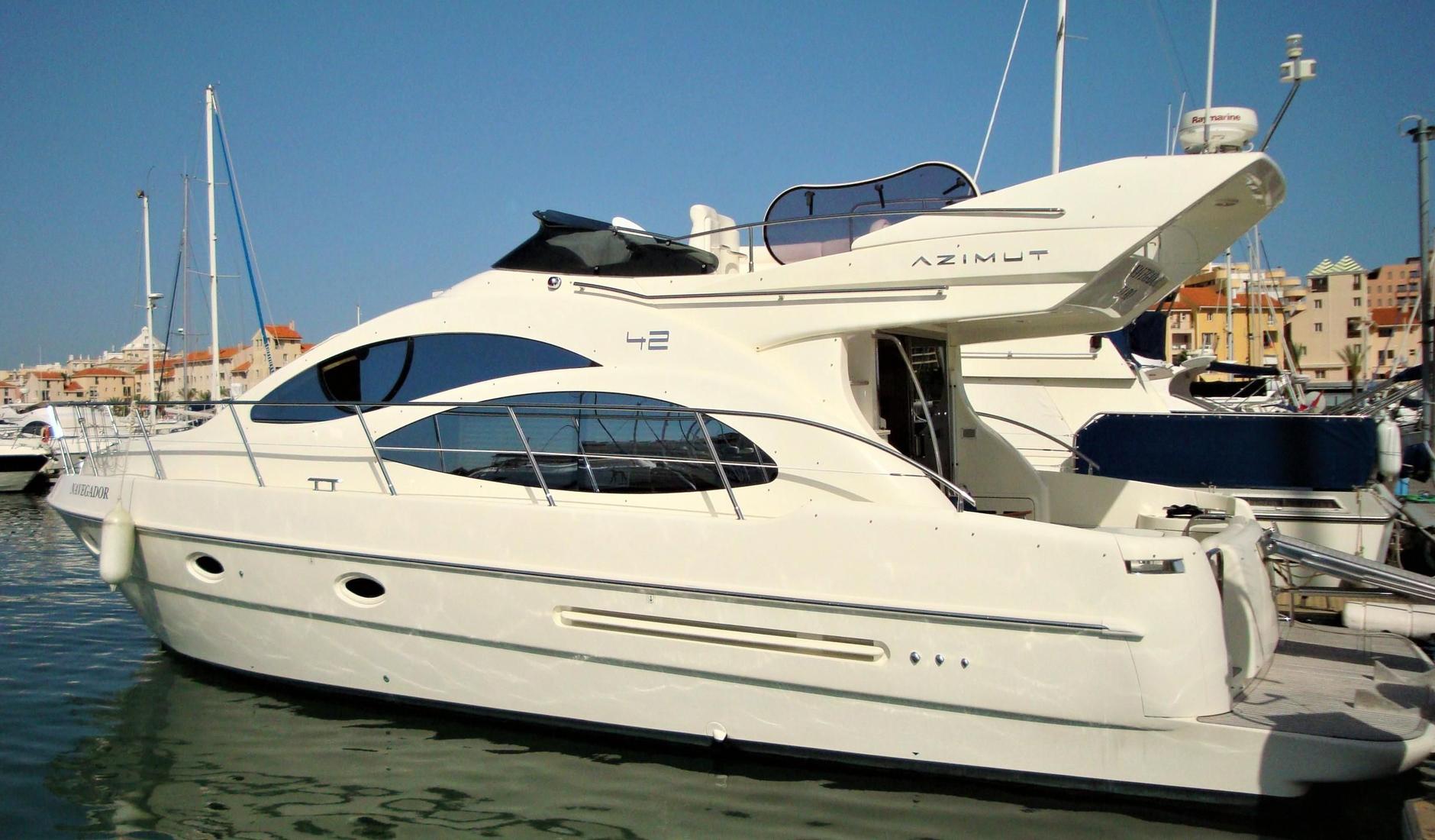 Купить яхту АZIMUT 42 2005 год