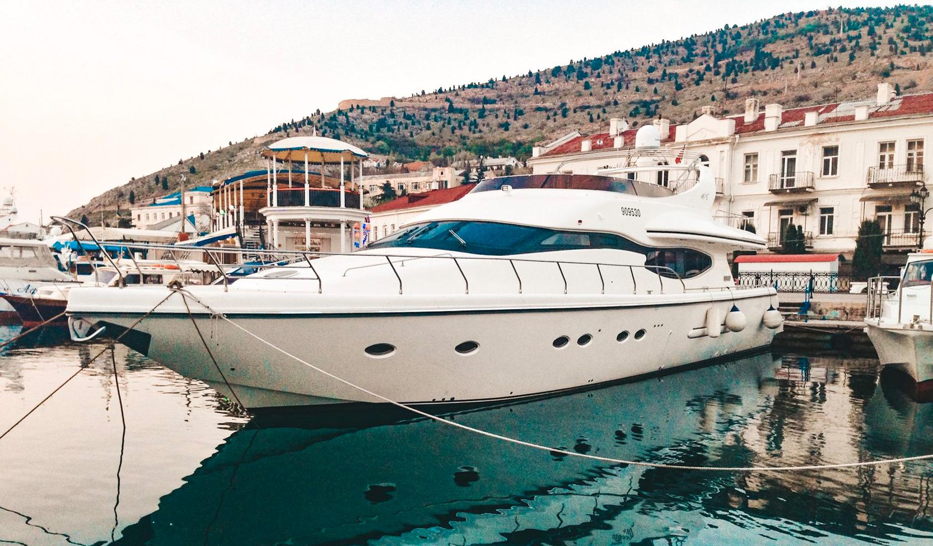 Аренда яхты MAJESTIC 75