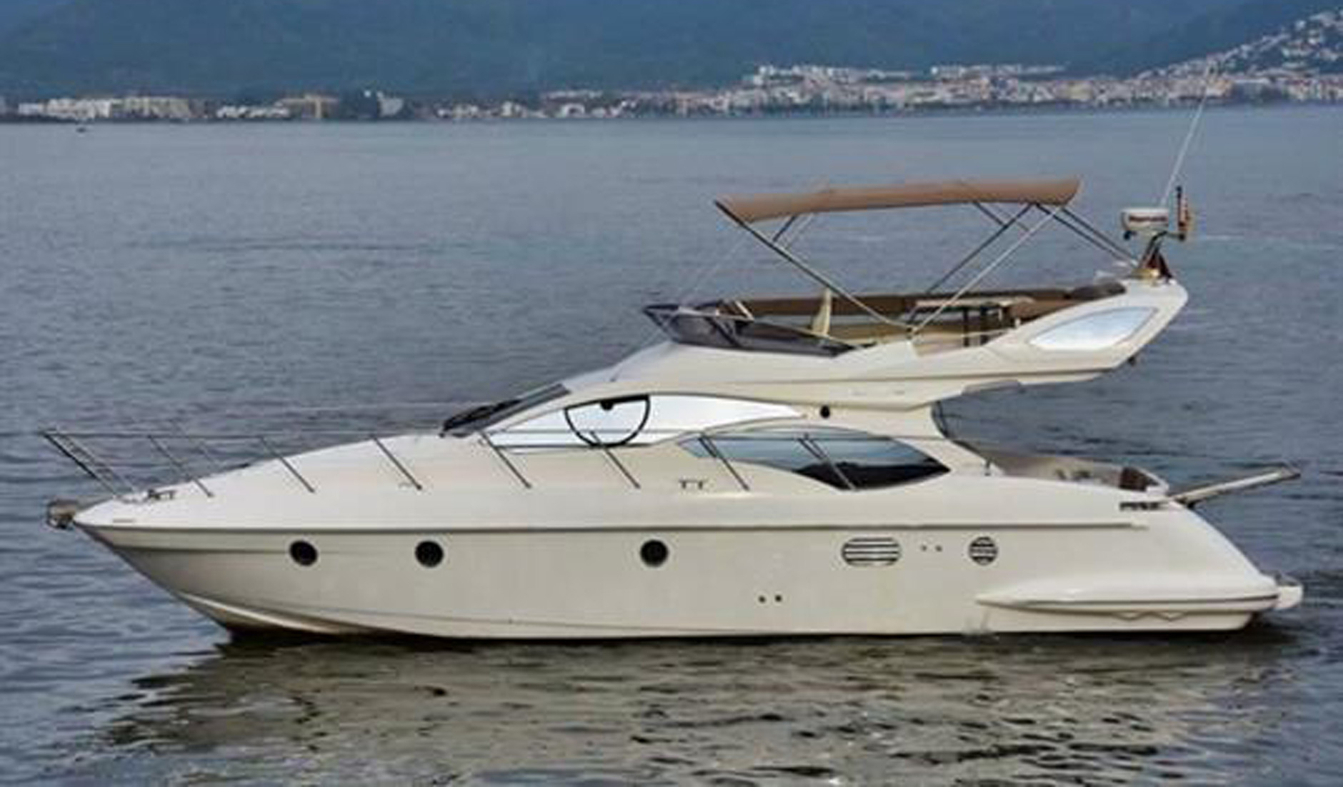AZIMUT 43/2009 Photo  4