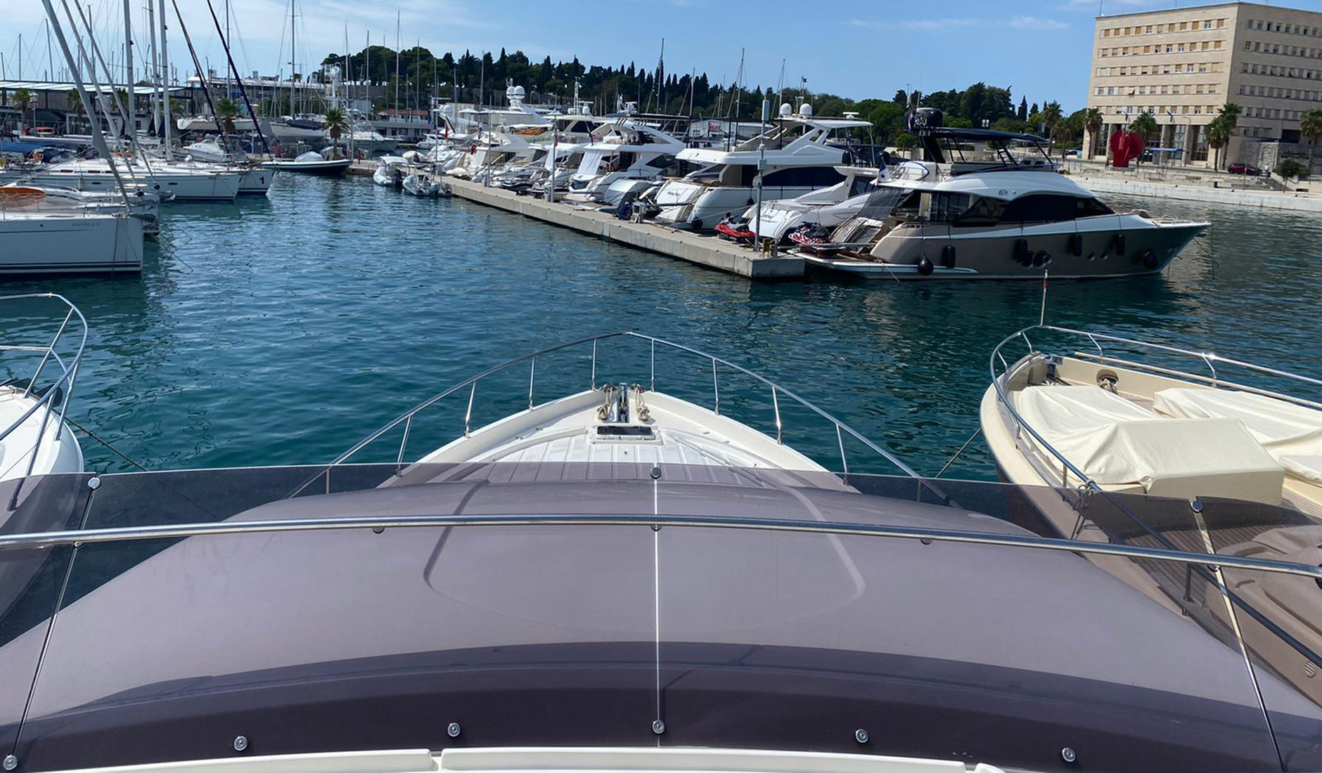 FERRETTI YACHTS 630/2008 Photo  4