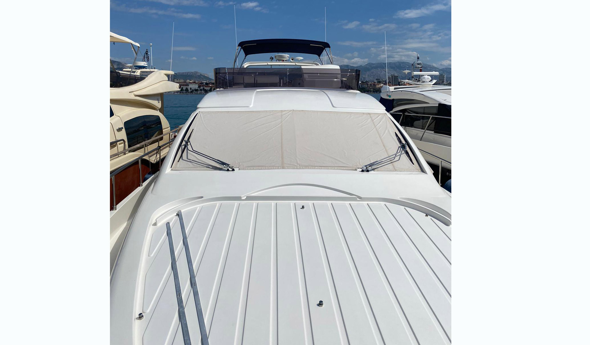 FERRETTI YACHTS 630/2008 Photo  9