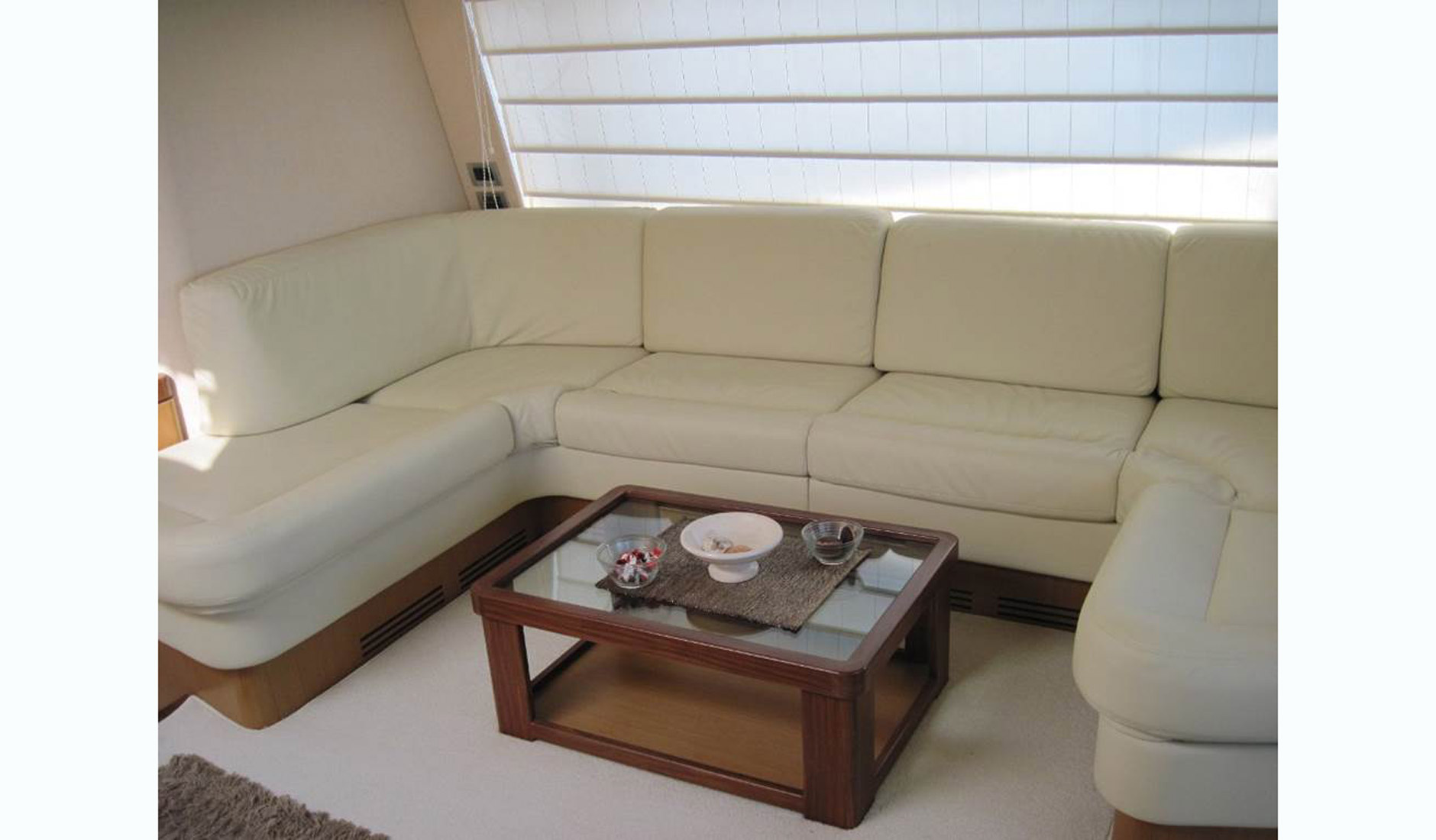 FERRETTI YACHTS 630/2008 Photo  18