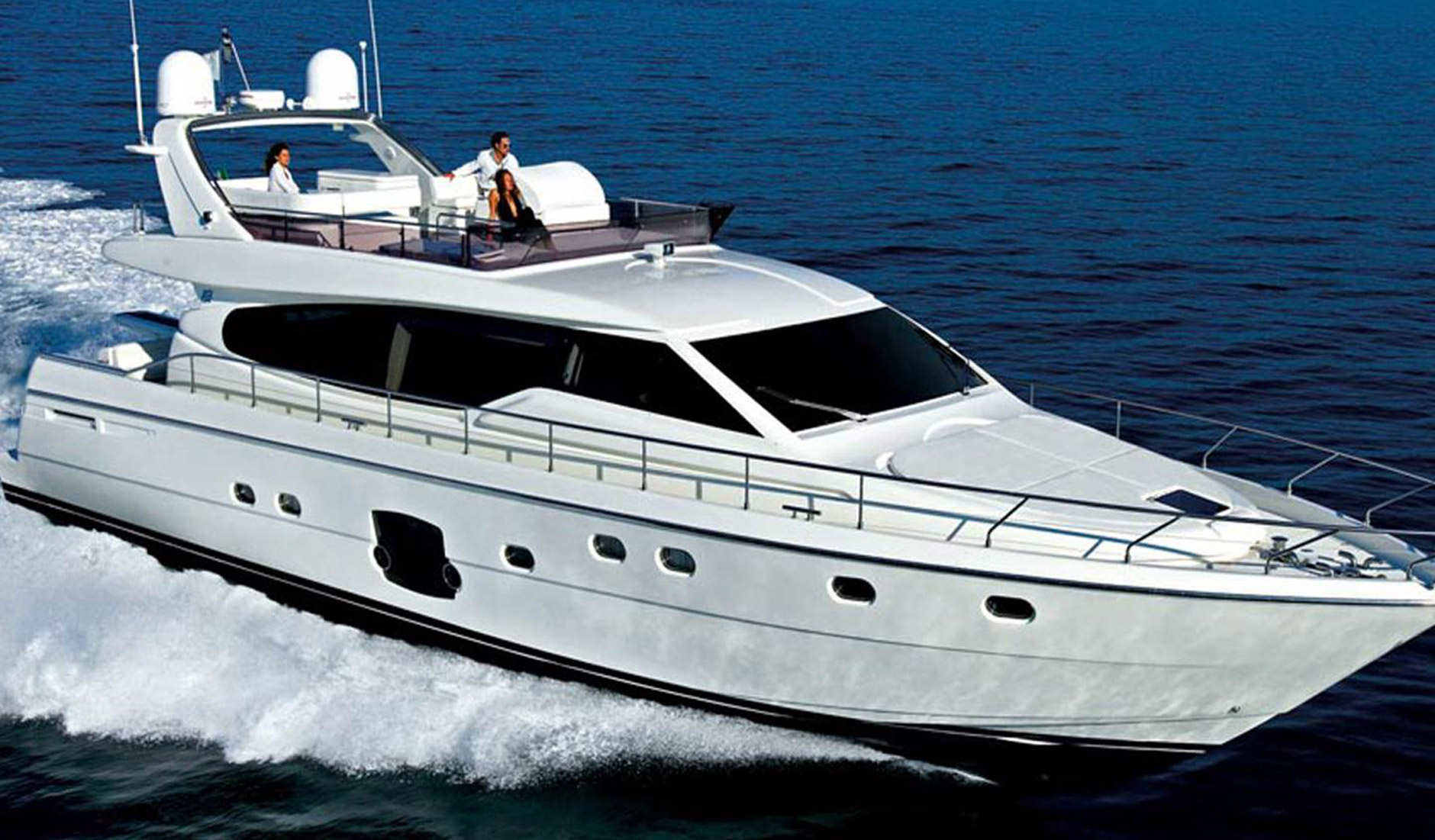 FERRETTI YACHTS 630/2008 Photo  3