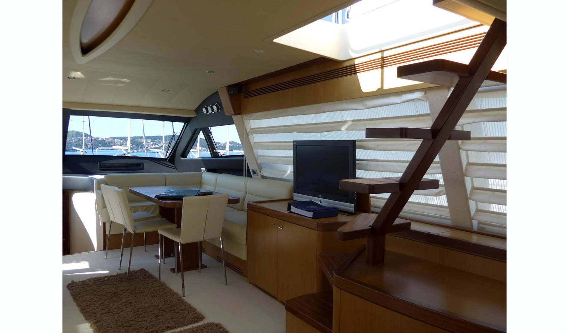FERRETTI YACHTS 630/2008 Photo  16