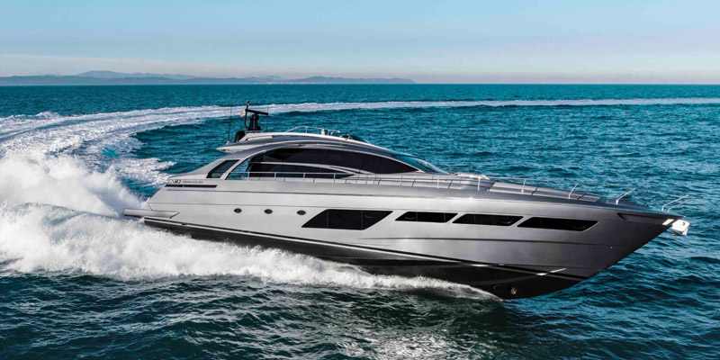 Pershing 8X won the Motor Boat Awards 2021
