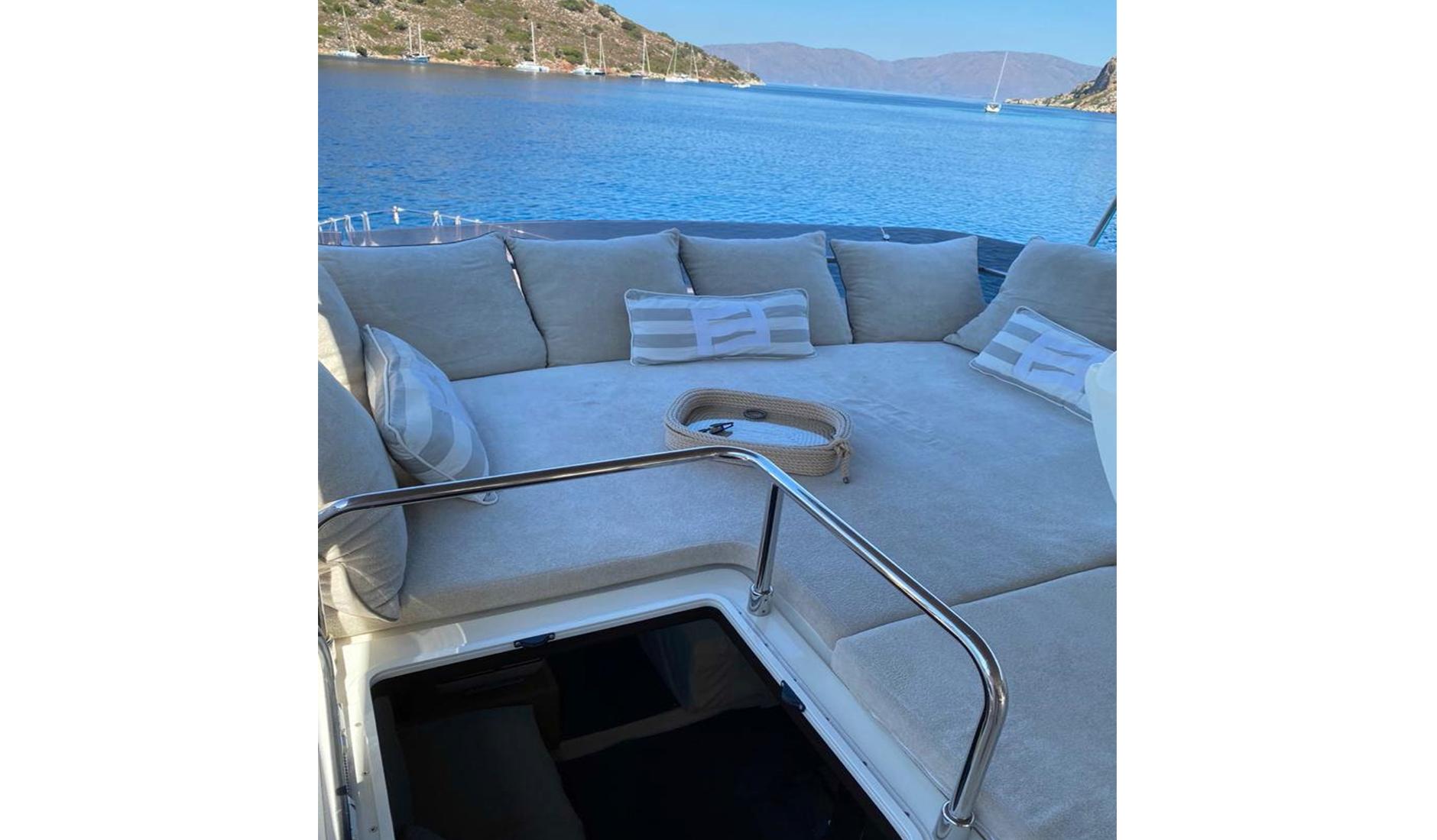 Ferretti Yachts 560 2010 год Фото  6