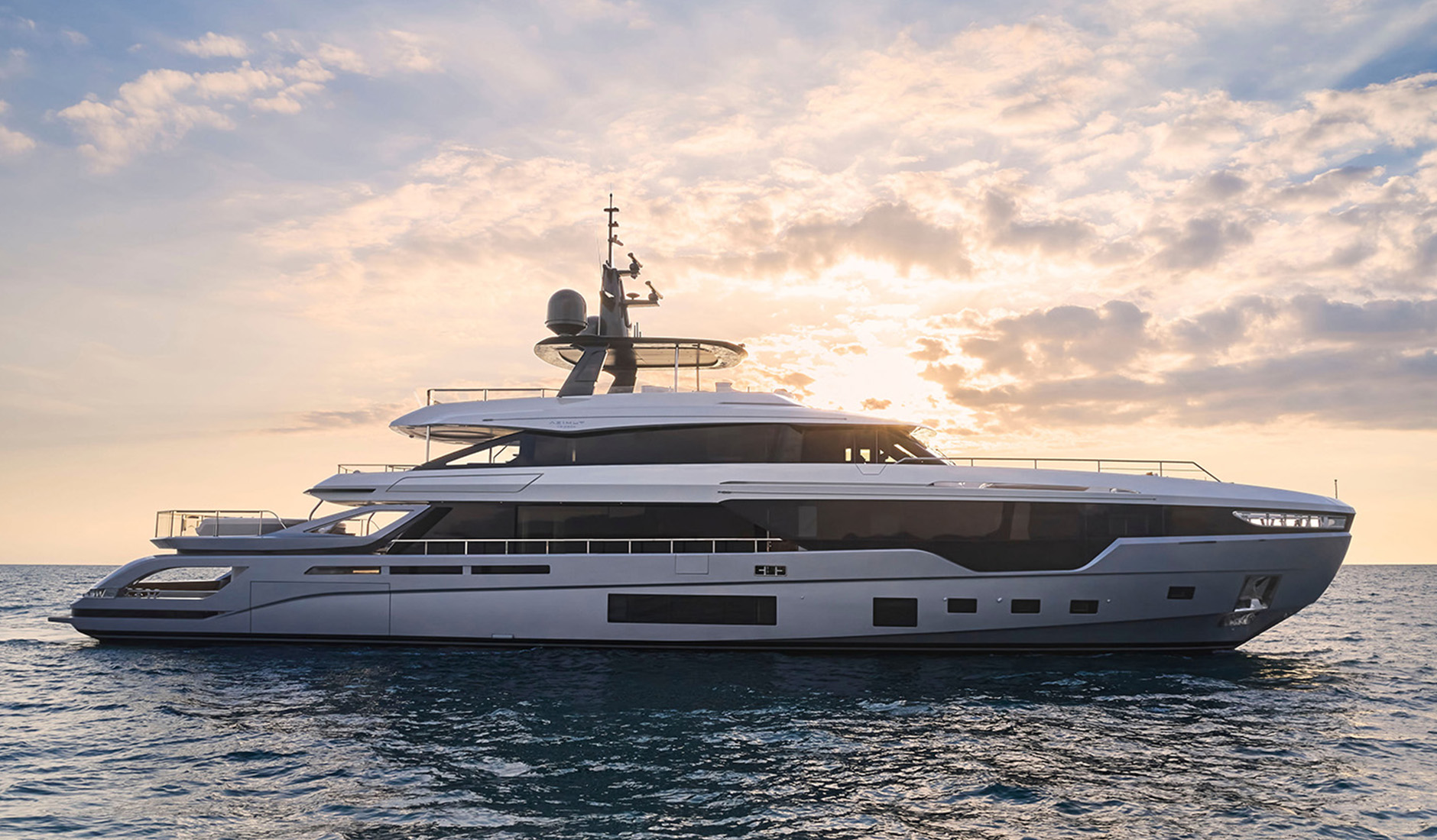 Купить яхту Azimut Grande Trideck
